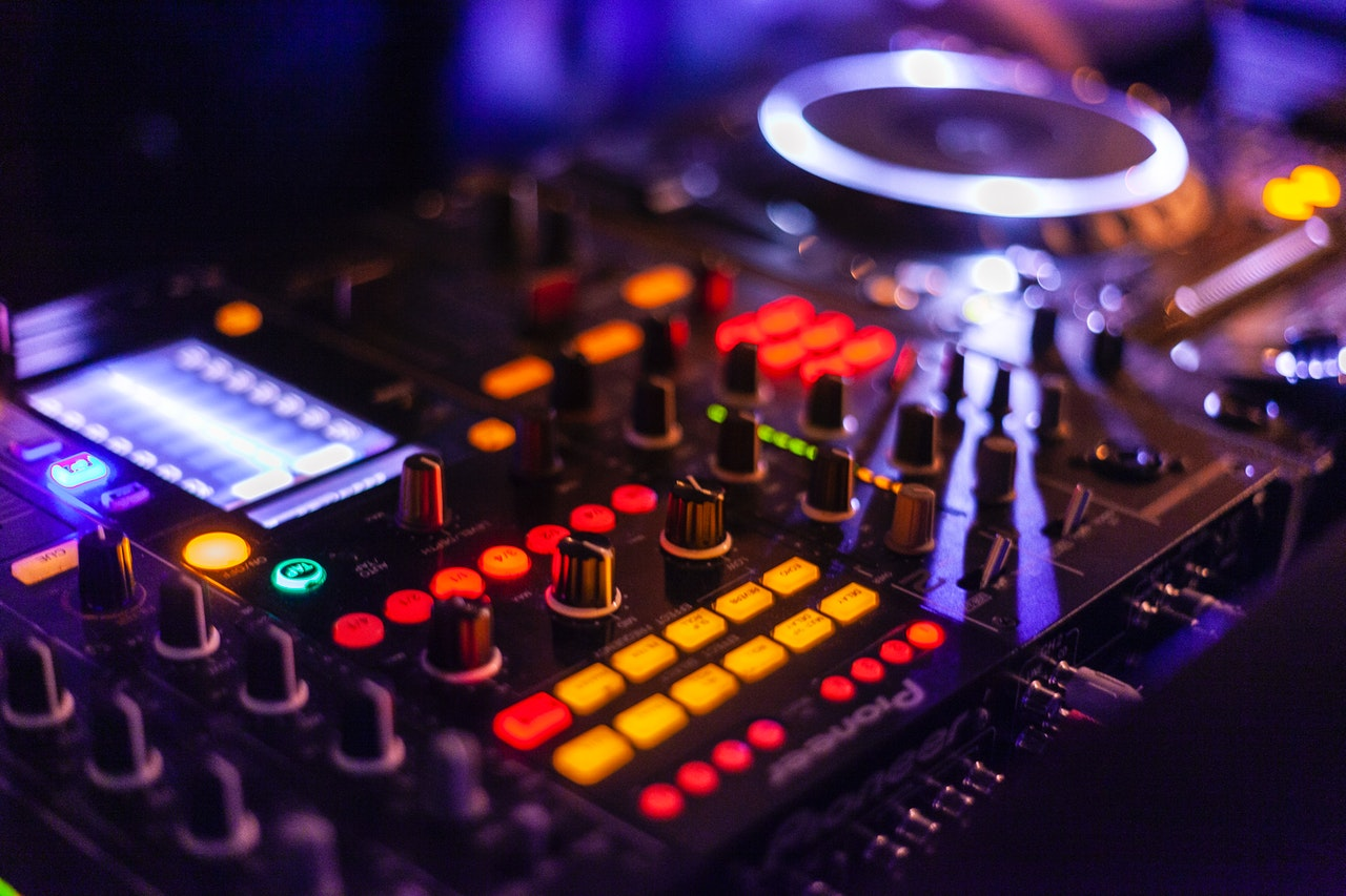 DJ boeken